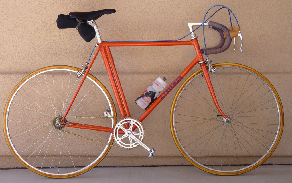 This classic fixed gear is 20 lbs ready to ride with 59 inch gearing.
